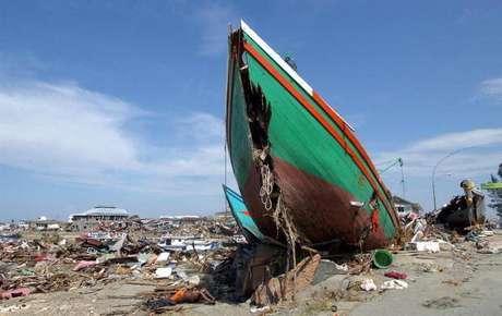 warga-aceh-peringati-10-tahun-tsunami