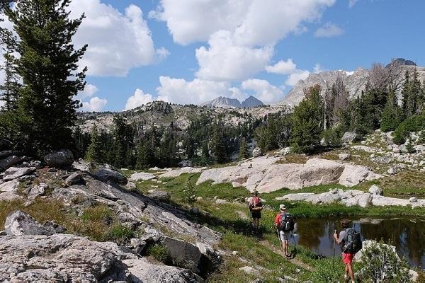 Jalur pendakian paling panjang di dunia (1)
