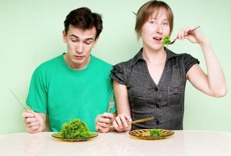 Profesor Gizi: Makan Itu Hiburan, Nikmati Saja Asal Tak Berlebihan