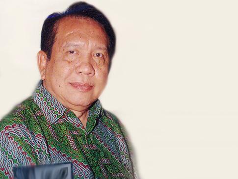 SAKIT KANKER TULANG, RINTO HARAHAP MENINGGAL DUNIA DI RUMAH SAKIT SINGAPURA