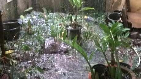 BMKG Ingatkan Masyarakat Akan Bahaya Puting Beliung dan Hujan Es karena Awan CB