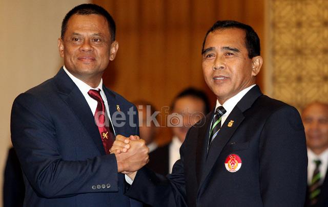 Tono Suratman berharap cabang karate mampu mendongkrak prestasi olah raga Indonesia, dengan berprestasi di ajang internasional.