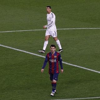 Ferguson: CR7 Bisa Oke Main di Klub Manapun, Messi Belum Tentu
