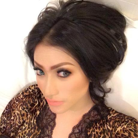 Bantah AA Bukan Dirinya, Amel Alvi Unggah Foto Selfie di Instagram
