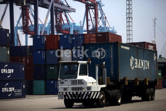 Bongkar Muat di Pelabuhan Lama, Pelindo II: Karena Panjangnya Birokrasi