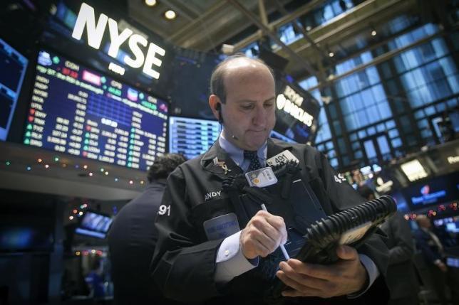 Wall Street Positif, Tapi Transaksi Saham Rendah
