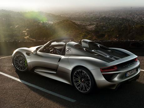 Porsche Tarik Lagi Mobil Termahalnya