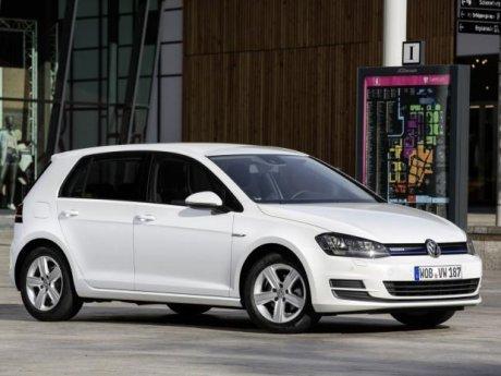 VW Golf Ini Bermesin 1.000 cc, Irit BBM dan Cukup Bertenaga