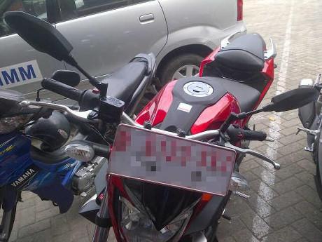 Yamaha MT 25 Pakai Setang Lebih Lebar