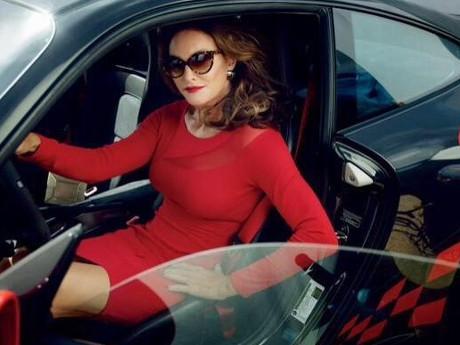 Ganti Kelamin, Caitlyn Bruce Jenner Tetap Punya Selera Mobil Bagus
