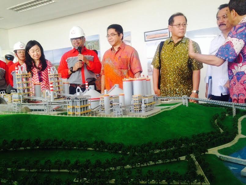Menengok Pabrik Semen Rp 7,8 Triliun di Atas Laut Banten Selatan