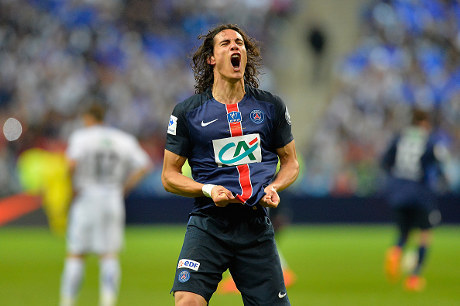 Cavani Tepis Gosip Ingin Tinggalkan PSG