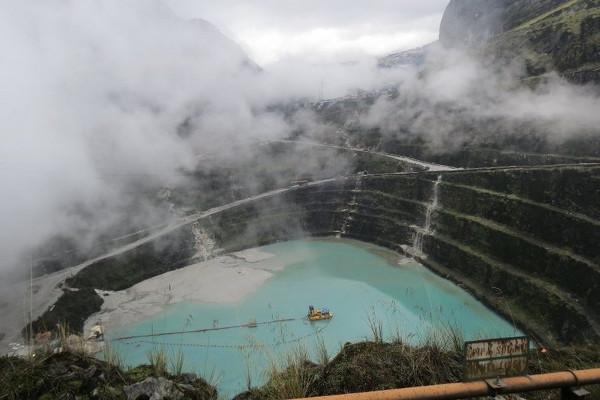 Jalan Panjang Freeport yang Ingin Gali Emas di Papua Sampai 2041