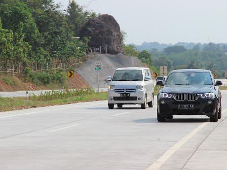 Pembatas Jalur di Jalan Tol Cipali Masih Hanya Berupa Parit