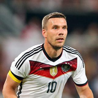 'Wenger Sebenarnya Ingin Pertahankan Podolski, tapi...'