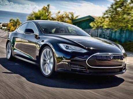 Tesla Model 3 Diperkenalkan Maret 2016