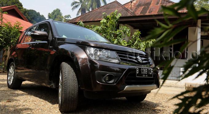 """Membelah Sumatera dengan SUV """"Rasa"""" Sedan"""