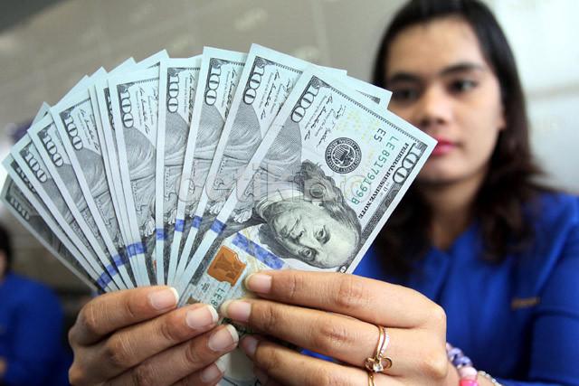 Jelang Pengumuman Pertumbuhan Ekonomi, Dolar AS Balik Lagi Rp 13.500