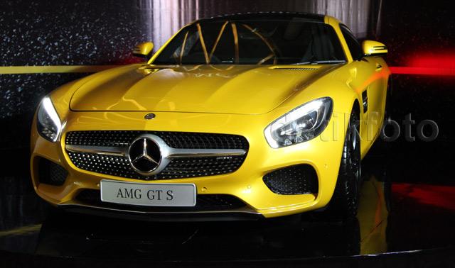Mercedes-Benz AMG GT S Tampil Mengesankan