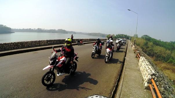 900 Bikers Honda Rayakan HUT ke-70 RI