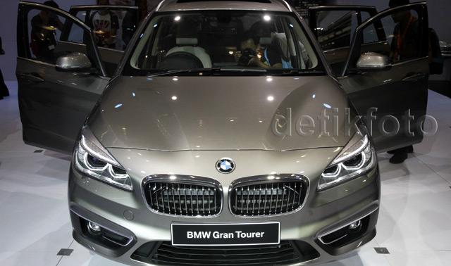 Gran Tourer BMW Dibanderol 749 Juta