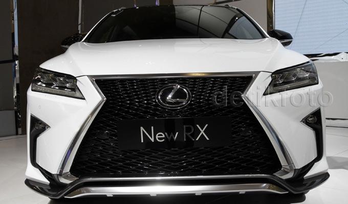 Lexus Luncurkan Sedan dan SUV Mewah
