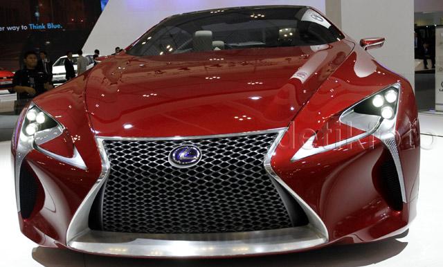 Lexus Tampilkan 2 Mobil Konsep