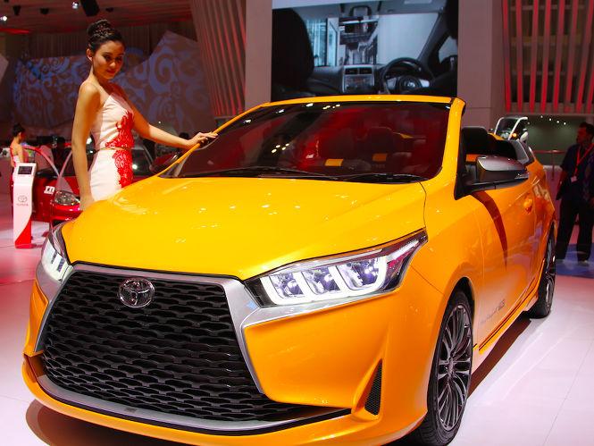 Toyota Yaris Atap Terbuka
