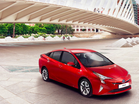 Seperti Apa Kecanggihan Toyota Prius Model Baru?