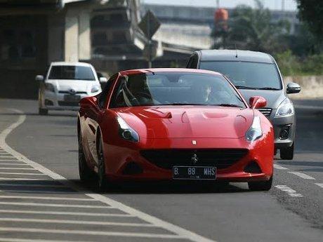 Mobil Ferrari Apa yang Paling Digemari di Dunia?