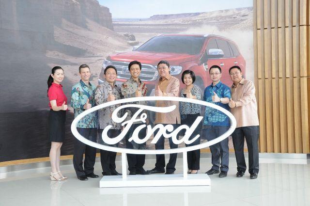 Ford Resmikan 9 Diler Sekaligus