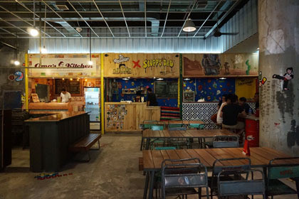 Food Fighters Blok M, Berburu Makanan di Food Court Nuansa Industrial