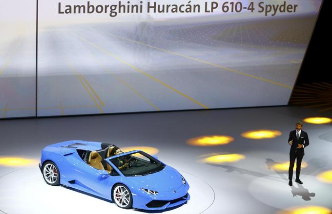 Lamborghini Luncurkan Huracan Atap Terbuka