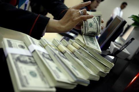 Dolar AS Pagi Ini Tertinggi di Rp 14.458