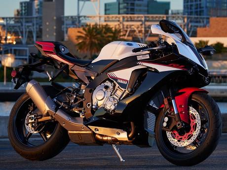Yamaha R1S, Model R1 yang Lebih Murah