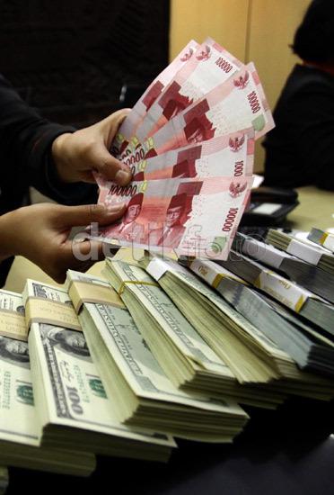 Pagi Ini Dolar AS Menguat ke Rp 13.550