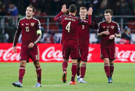 Rusia Lolos, Swedia Lakoni Play-off