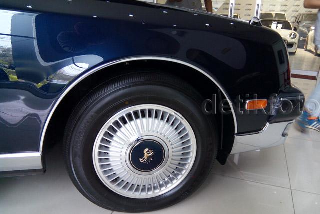 Mobil Super Mewah Toyota Century