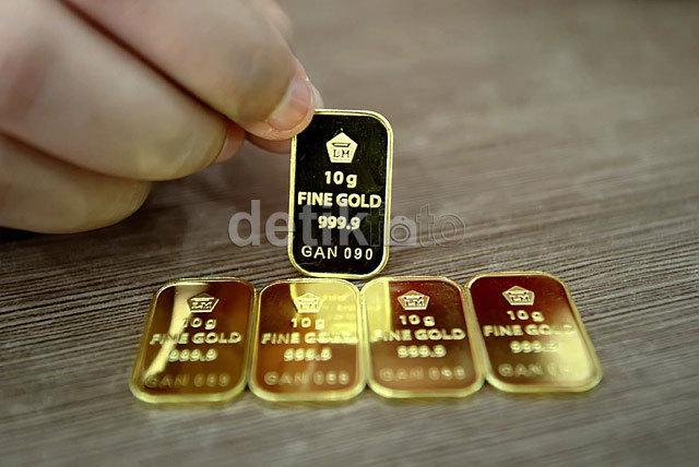 Kemarin Naik, Harga Emas Antam Turun Lagi Rp 2.000/Gram