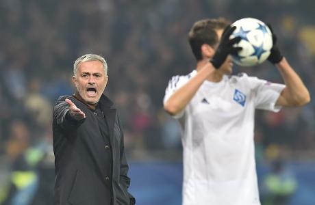 Bela Mourinho, Lucio: Sulit Ada di Atas Terus-terusan