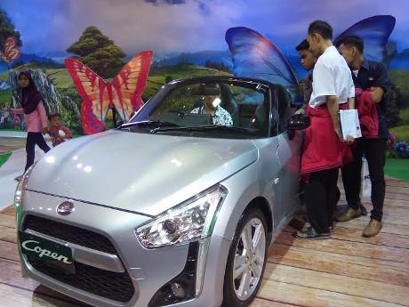Si Mungil Daihatsu Copen Jadi Primadona di Senayan