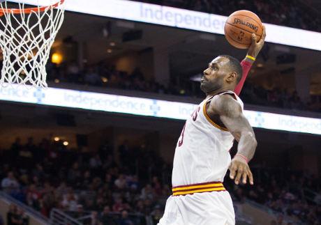 'King' James Jadi Pencetak 25 Ribu Poin Termuda di NBA