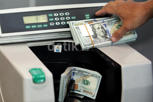 Turun Lagi, Dolar AS Pagi Ini Rp 13.450
