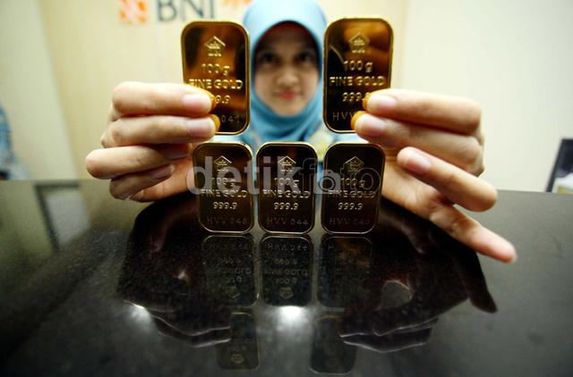 Harga Emas Batangan Antam Stagnan 4 Hari Berturut-turut