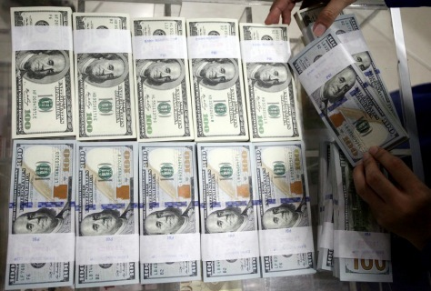 Dolar AS Pagi Ini Turun ke Rp 13.500-an