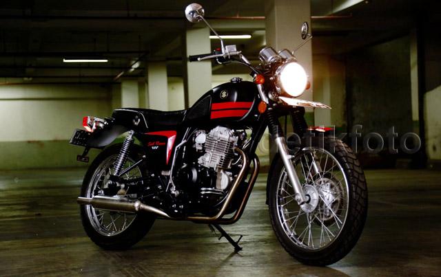 Kemolekan Motor Klasik SOIB Racer