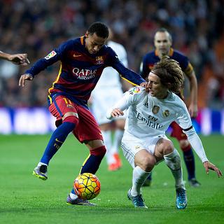 Celah di Depan Kotak Penalti Madrid akibat Ketidakmahiran Lakukan Pressing