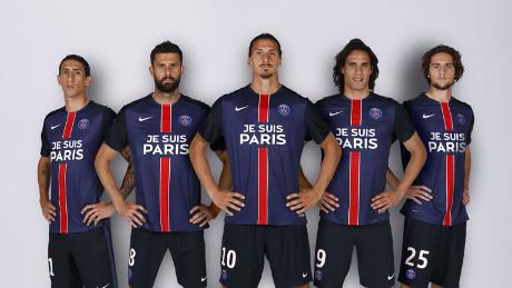 Jersey Spesial PSG: Tanpa Sponsor, Cuma Tulisan Je Suis Paris