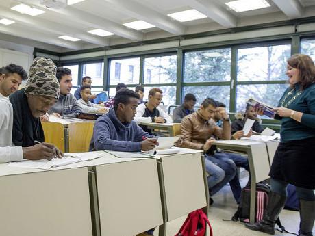 Audi Bantu Pengungsi Jerman untuk Bersekolah dan Gampang Cari Kerja