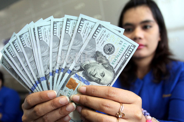 Rupiah Menguat Lagi, Dolar AS Turun ke Rp 13.740